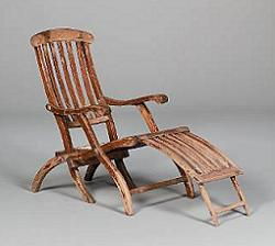 A very nice deck chair from the Titanic